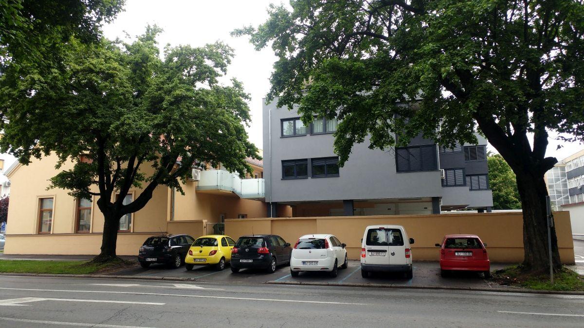 Višestambena zgrada Gundulićeva/Matice hrvatske, Bjelovar
