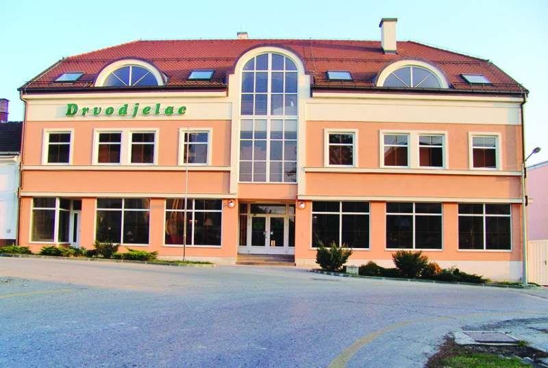 Poslovna zgrada Drvodjelac, Bjelovar