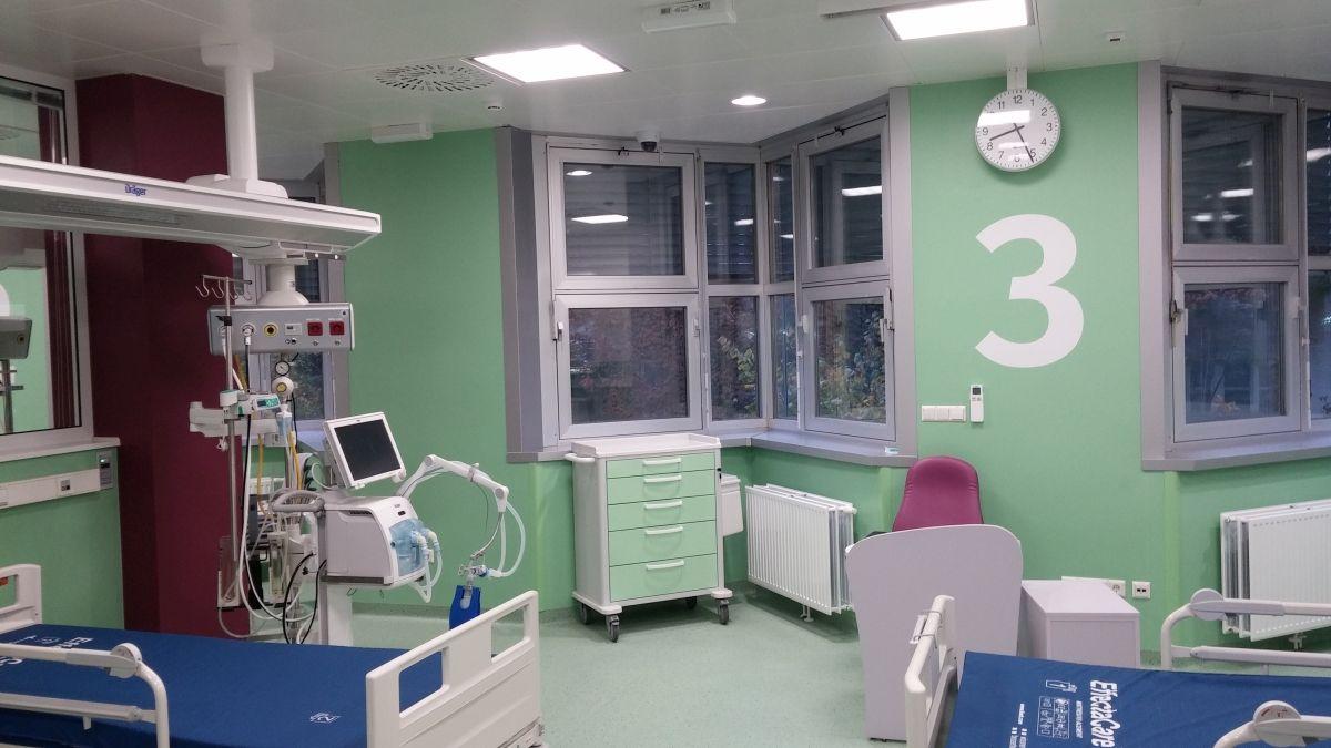 Zgrada Klinike za dječje bolesti Zagreb, uređenje jedinice intenzivnog liječenja