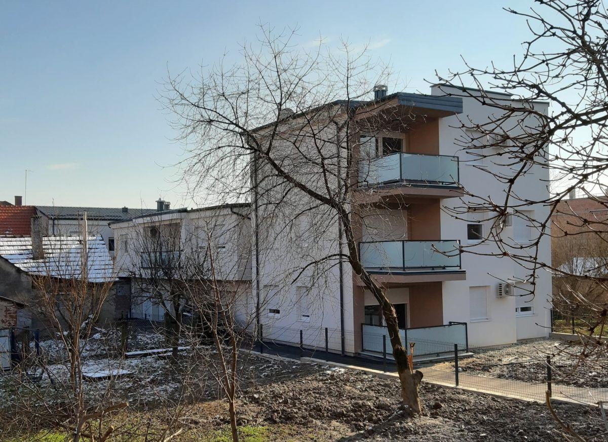 Višestambena zgrada Demetrova, Bjelovar